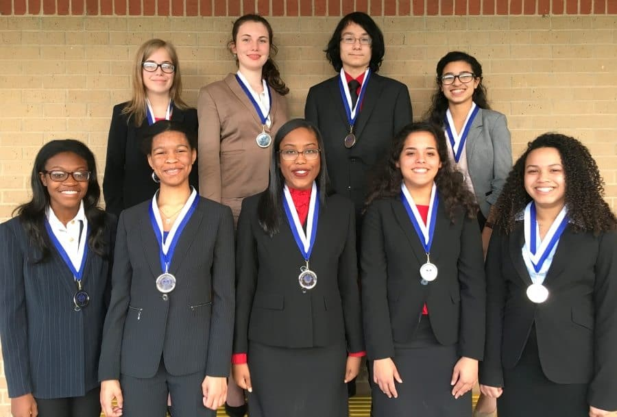 NCFL-QUALS-17 PHS Students Qualify for National Speech and Debate Tournament