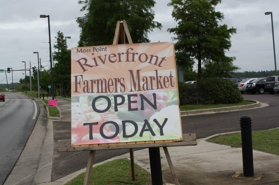 IMG_3850 Moss Point holds inaugural farmers market